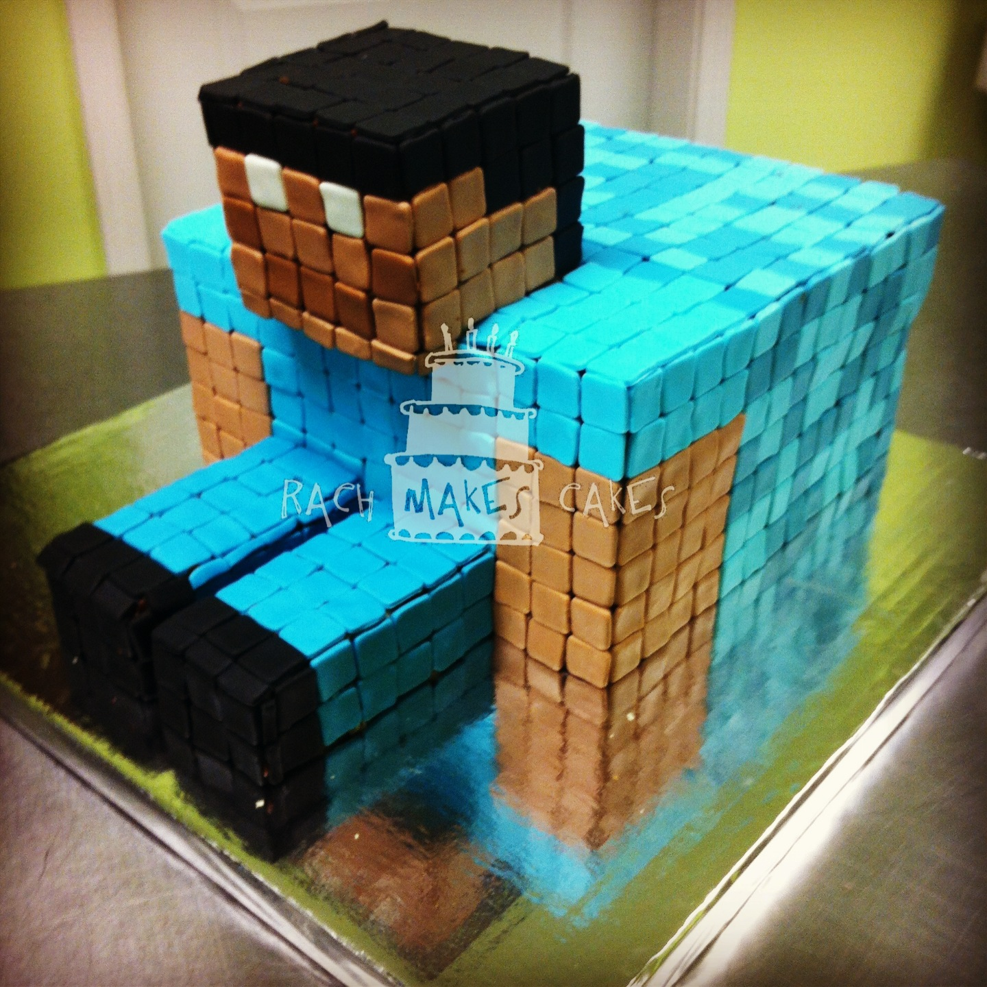 Minecraft Steve Rach Makes Cakes
