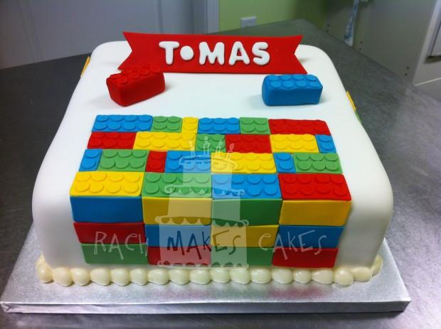 Who Makes Lego Cakes